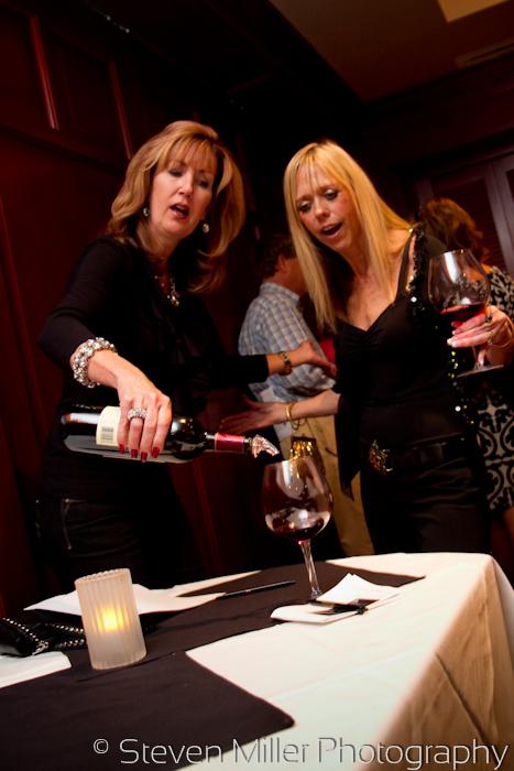 www.StevenMillerPix.com_fleming's_steakhouse_orlando_wine_event_photographers_0015
